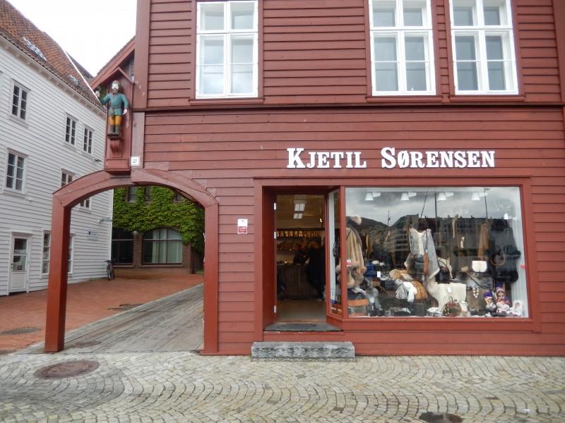 Soerens, Sørensen--probably the same thing.